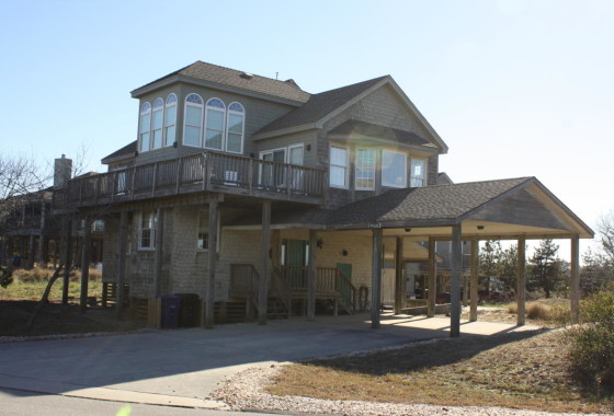 Wood Vacation Home Outer Banks
